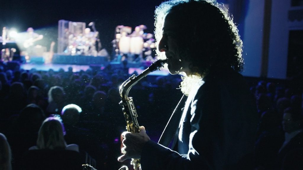 'Listening to Kenny G' Film Review: Entertaining Documentary Won't Make You Stop Hating the Guy