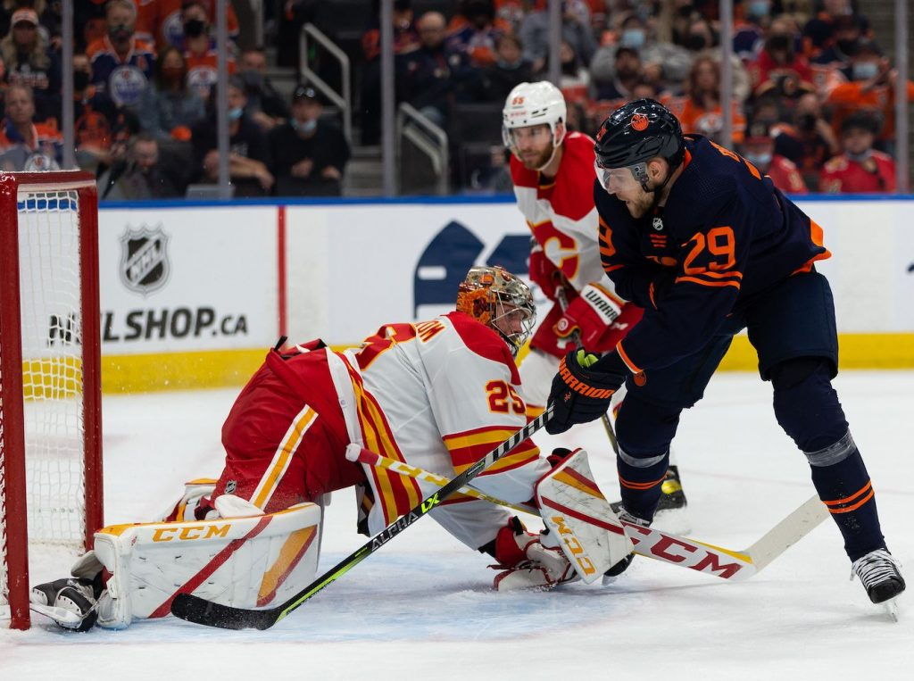 Player grades: McDavid leads way with hat trick as Oilers quench Flames 5-2